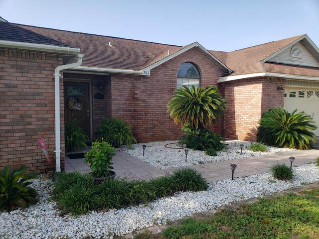 7167 Manatee, Navarre, FL 32566 (MLS #882338) :: Anchor Realty Florida