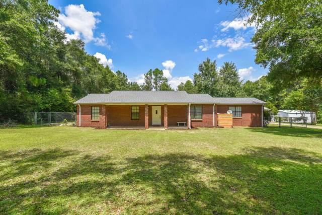4871 Gilmore Road, Holt, FL 32564 (MLS #882409) :: John Martin Group