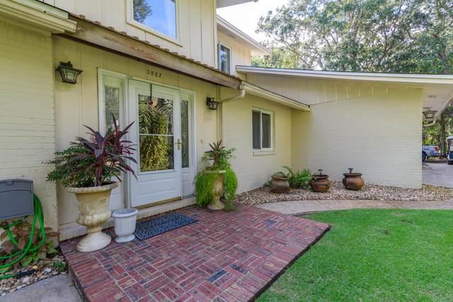 3822 Indian Trail, Destin, FL 32541 (MLS #883059) :: Somers & Company