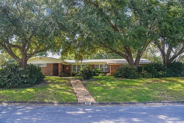 210 NW Pleasant Street, Fort Walton Beach, FL 32548 (MLS #883861) :: Better Homes & Gardens Real Estate Emerald Coast