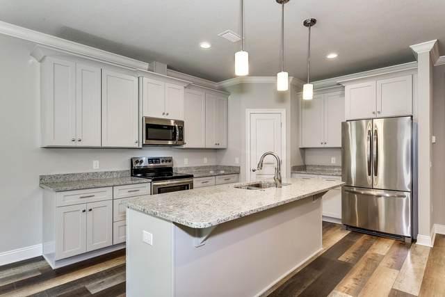 7358 Hiawatha Lane, Navarre, FL 32566 (MLS #884264) :: Scenic Sotheby's International Realty