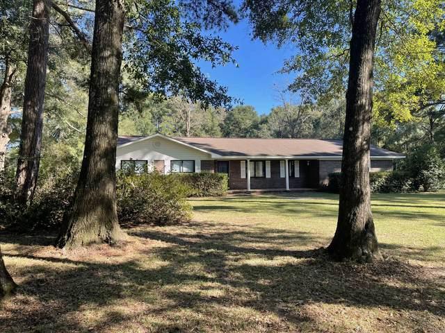 120 Springs Loop, Laurel Hill, FL 32567 (MLS #884647) :: Coastal Luxury