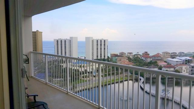 970 Hwy 98 #1404, Destin, FL 32541 (MLS #805313) :: Berkshire Hathaway HomeServices Beach Properties of Florida