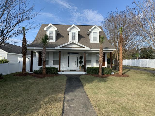 4555 Luke Avenue, Destin, FL 32541 (MLS #811073) :: Scenic Sotheby's International Realty