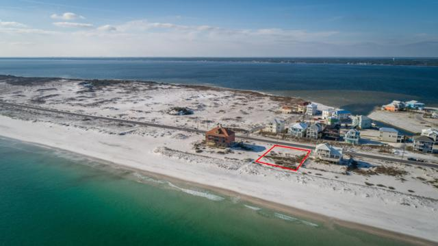 7327 Gulf Boulevard, Navarre, FL 32566 (MLS #817213) :: Scenic Sotheby's International Realty