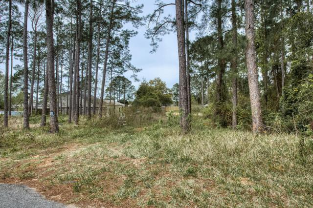 5570 Charter Circle, Gulf Breeze, FL 32563 (MLS #818552) :: Scenic Sotheby's International Realty