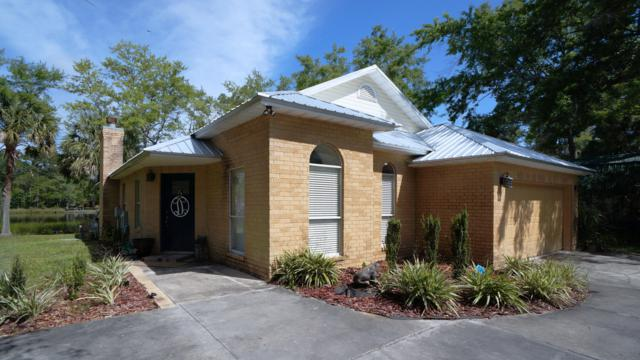 310 Bayou Circle, Freeport, FL 32439 (MLS #821274) :: Scenic Sotheby's International Realty