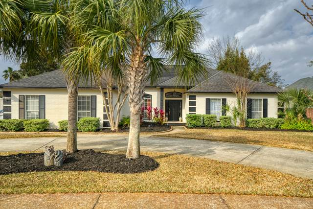 102 W Country Club Drive, Destin, FL 32541 (MLS #863286) :: Linda Miller Real Estate