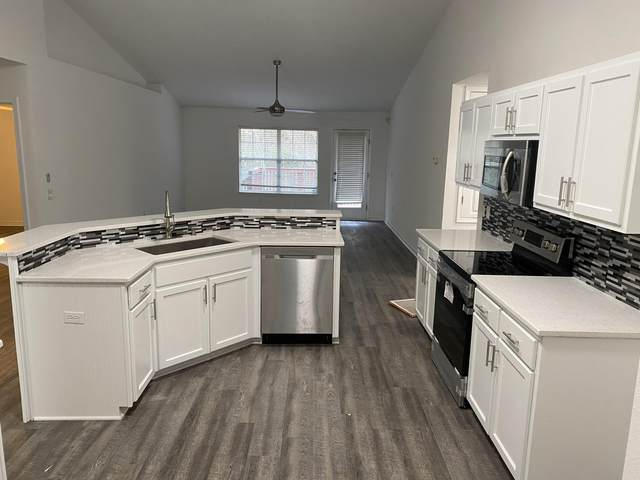2194 Hagood Loop, Crestview, FL 32536 (MLS #864225) :: Berkshire Hathaway HomeServices PenFed Realty
