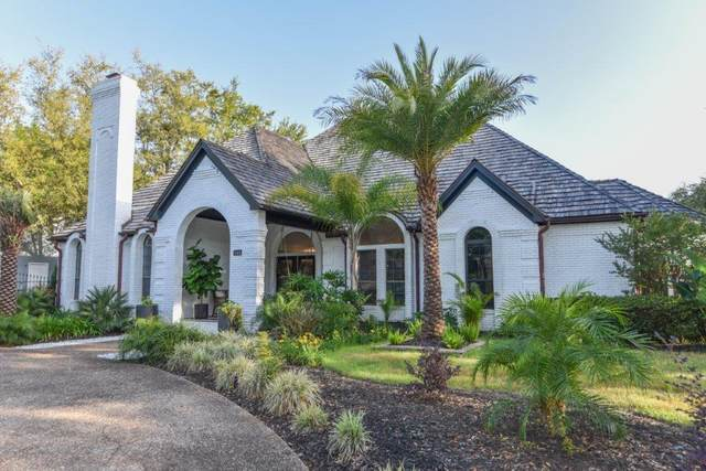 145 W Country Club Drive, Destin, FL 32541 (MLS #870687) :: Somers & Company