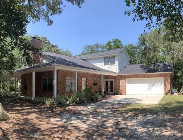 1708 Beaver Pond Road, Gulf Breeze, FL 32563 (MLS #876333) :: The Ryan Group