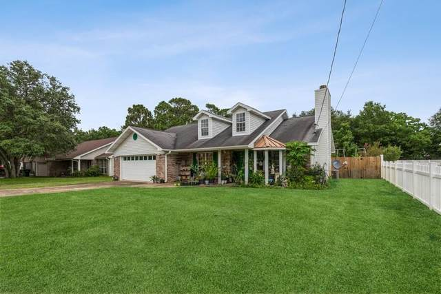 31 NW Jonquil Avenue, Fort Walton Beach, FL 32548 (MLS #876414) :: John Martin Group | Berkshire Hathaway HomeServices PenFed Realty