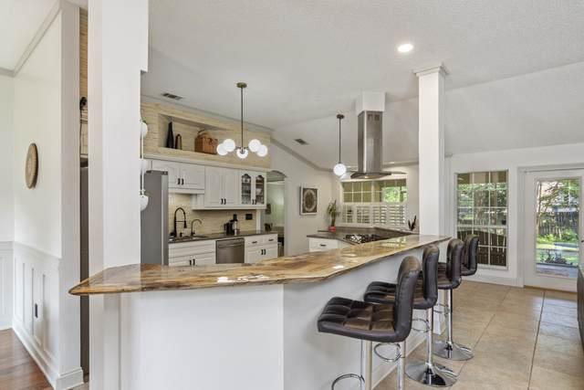 2780 Willow Bend Court, Crestview, FL 32539 (MLS #878595) :: Vacasa Real Estate