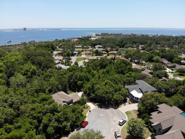 10 Shoreline, Gulf Breeze, FL 32561 (MLS #794685) :: Classic Luxury Real Estate, LLC