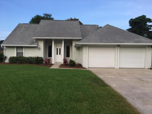 404 Cedar Street, Destin, FL 32541 (MLS #801353) :: Luxury Properties Real Estate