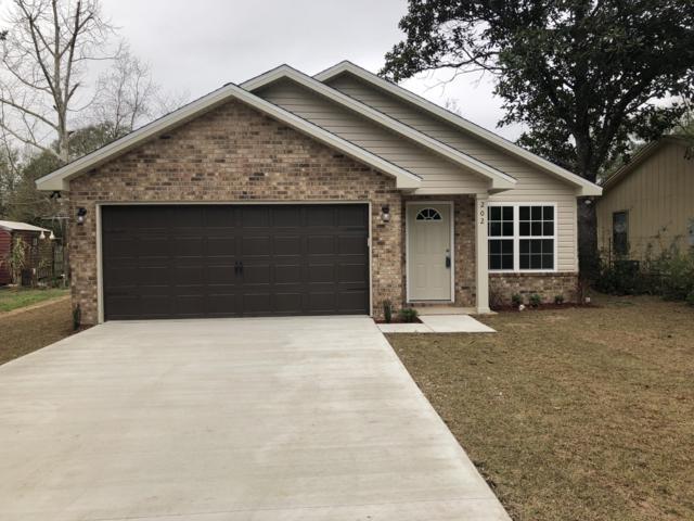 202 Mcarthur Street, Crestview, FL 32539 (MLS #811878) :: Luxury Properties Real Estate