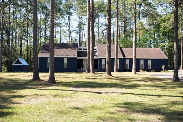 180 Lakeside Drive, Defuniak Springs, FL 32435 (MLS #813931) :: Classic Luxury Real Estate, LLC