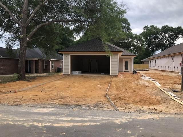 5536 Royal Street, Crestview, FL 32539 (MLS #845276) :: Classic Luxury Real Estate, LLC