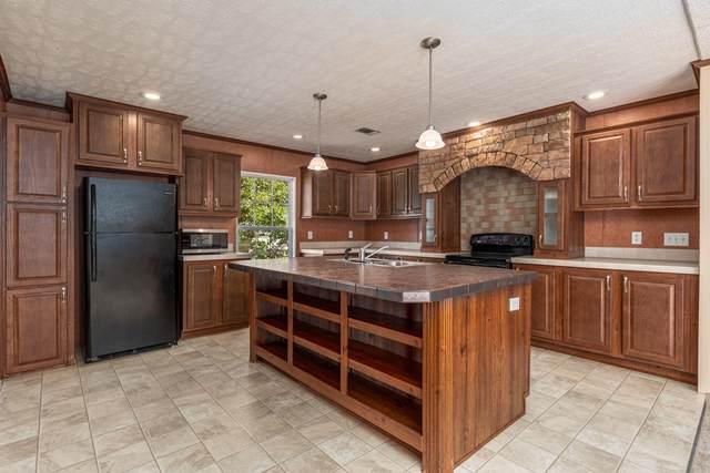 8237 Molina Street, Navarre, FL 32566 (MLS #857797) :: Briar Patch Realty