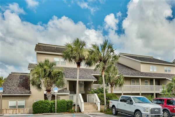 825 Seascape Drive Unit 414, Miramar Beach, FL 32550 (MLS #777349) :: ResortQuest Real Estate