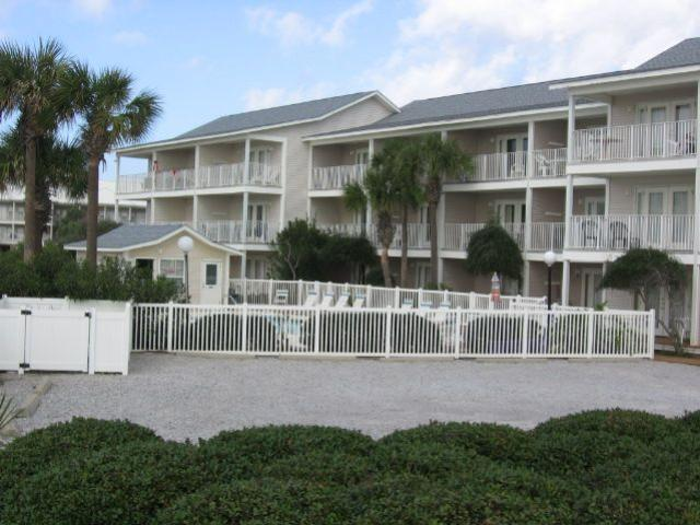 2396 Scenic Gulf Drive Unit 204, Miramar Beach, FL 32550 (MLS #795157) :: Berkshire Hathaway HomeServices Beach Properties of Florida
