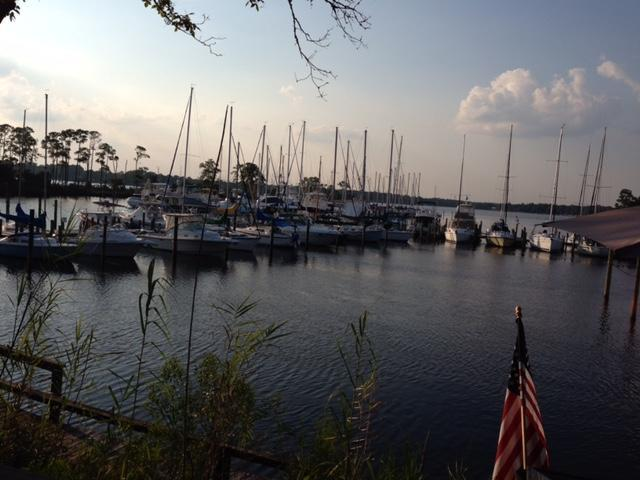 103 Marina Cove Dr, Niceville, FL 32578 (MLS #796081) :: Classic Luxury Real Estate, LLC