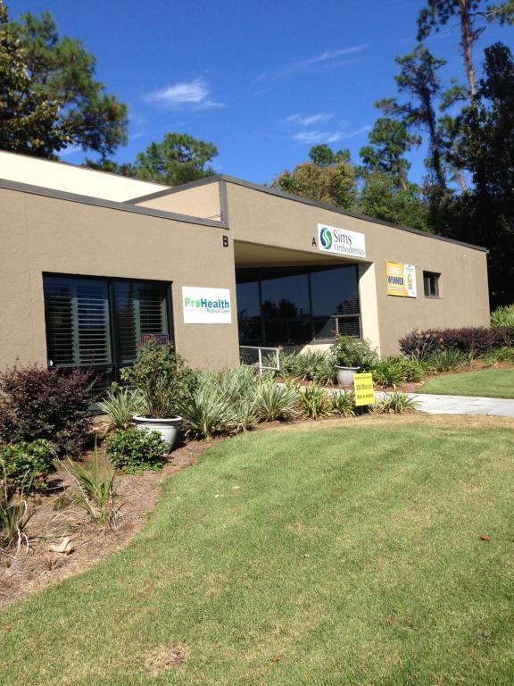 1100 Airport Boulevard, Pensacola, FL 32504 (MLS #797027) :: ResortQuest Real Estate