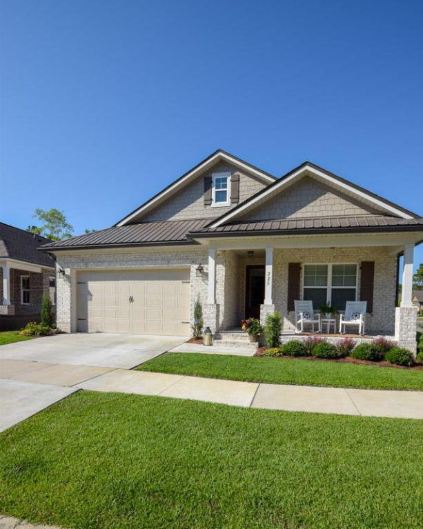 225 Oaktree Boulevard, Freeport, FL 32439 (MLS #798599) :: Luxury Properties Real Estate