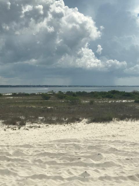23 Seaside Circle, Navarre, FL 32566 (MLS #801644) :: Somers & Company