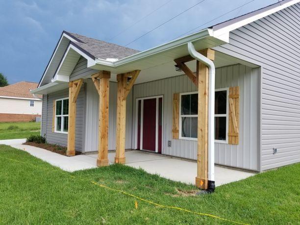 2756 Keats Drive, Crestview, FL 32539 (MLS #804504) :: Luxury Properties Real Estate