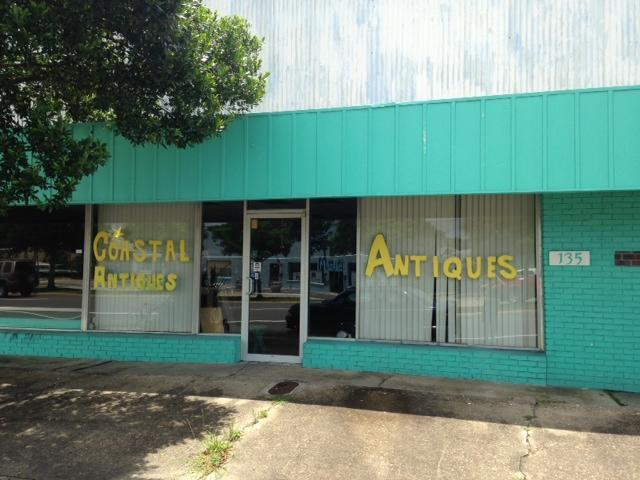 135 SE Eglin Parkway, Fort Walton Beach, FL 32548 (MLS #805097) :: Classic Luxury Real Estate, LLC