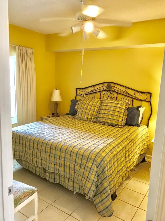 1200 Scenic Gulf Drive Unit B806, Miramar Beach, FL 32550 (MLS #805138) :: Somers & Company