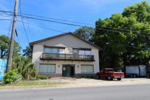 215 NE Hollywood Boulevard, Fort Walton Beach, FL 32548 (MLS #805502) :: Classic Luxury Real Estate, LLC