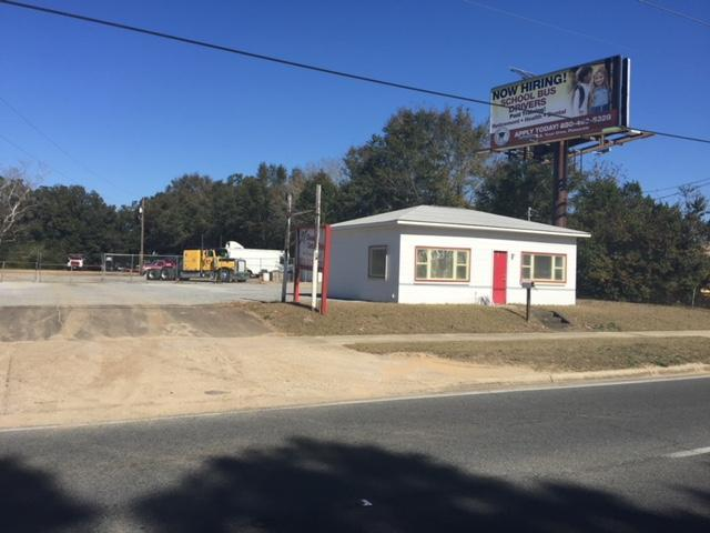 2640 W Michigan Avenue, Pensacola, FL 32526 (MLS #807639) :: Keller Williams Realty Emerald Coast
