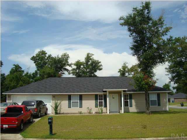 9053 Tara Circle, Milton, FL 32583 (MLS #808089) :: Luxury Properties Real Estate