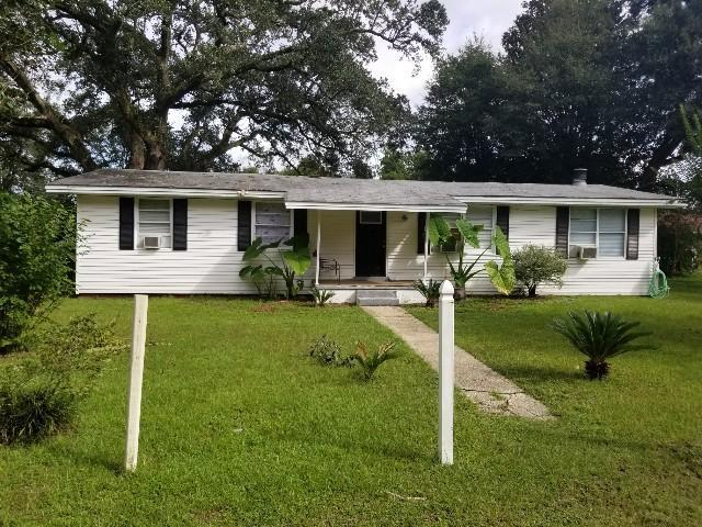 304 Caroline Drive, Pensacola, FL 32534 (MLS #808319) :: Luxury Properties Real Estate