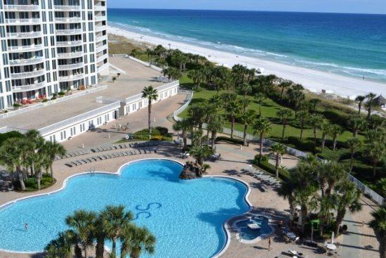 15200 Emerald Coast Parkway #902, Destin, FL 32541 (MLS #810329) :: Coast Properties