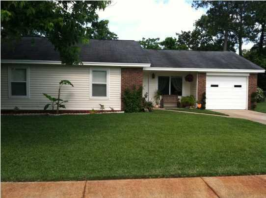 1104 Green Tree Court, Fort Walton Beach, FL 32547 (MLS #811957) :: Classic Luxury Real Estate, LLC