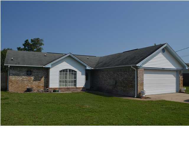 9520 Brentwood Boulevard, Navarre, FL 32566 (MLS #812467) :: Coastal Lifestyle Realty Group
