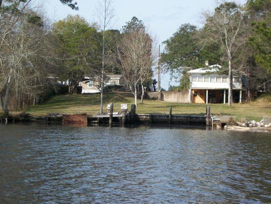 160 Eckie Drive, Freeport, FL 32439 (MLS #813226) :: ResortQuest Real Estate