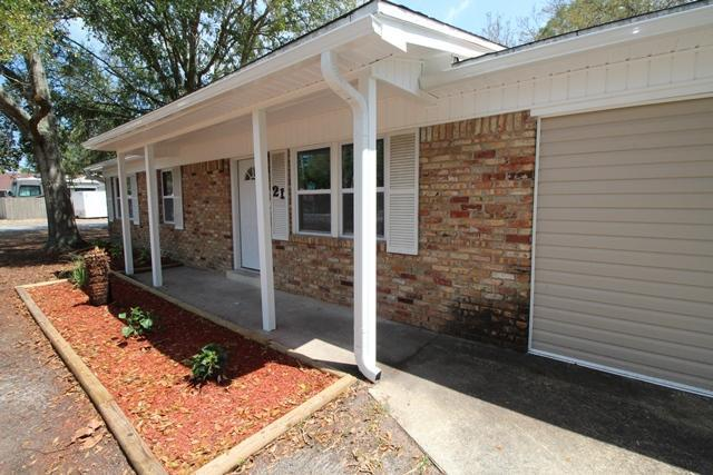 21 NW Jonquil Avenue, Fort Walton Beach, FL 32548 (MLS #816352) :: ResortQuest Real Estate
