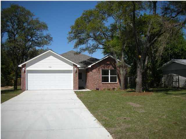 706 Oaklawn Street, Fort Walton Beach, FL 32547 (MLS #816565) :: Counts Real Estate Group
