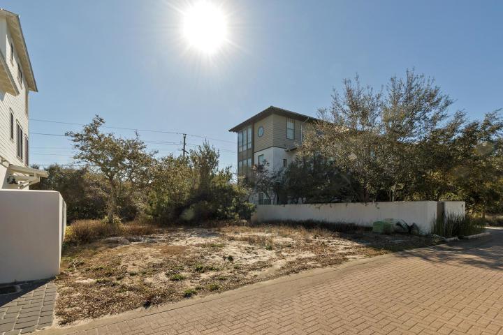 2 Sand Oaks Circle - Photo 1