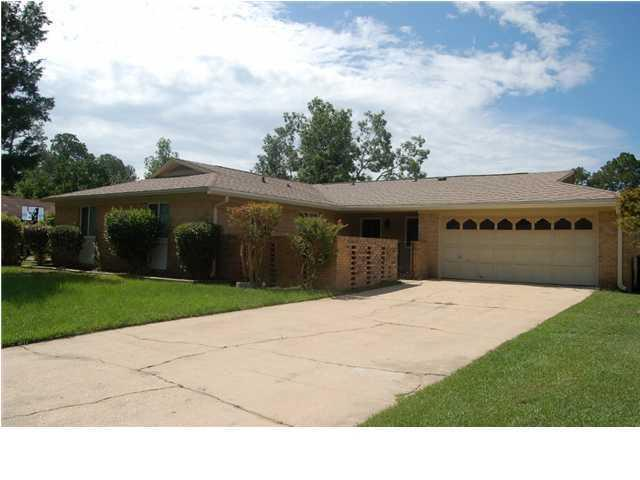 108 Perdido Circle, Niceville, FL 32578 (MLS #821700) :: Classic Luxury Real Estate, LLC