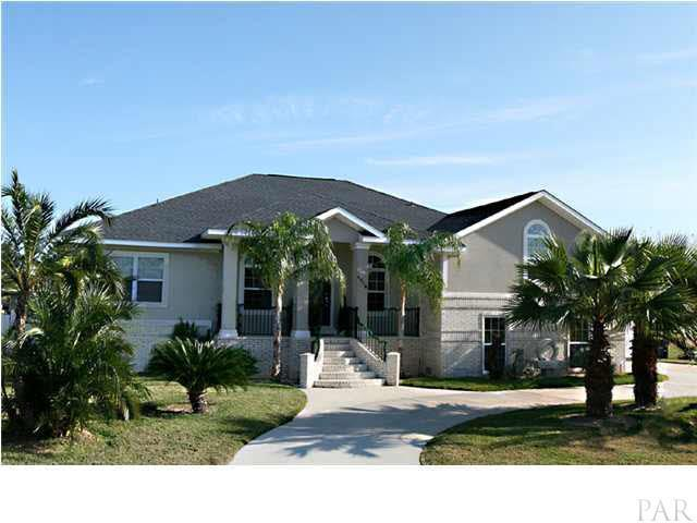 1318 Ceylon Drive, Gulf Breeze, FL 32563 (MLS #823017) :: Classic Luxury Real Estate, LLC