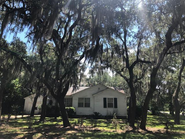 36 Shalimar Drive, Shalimar, FL 32579 (MLS #825225) :: Keller Williams Emerald Coast