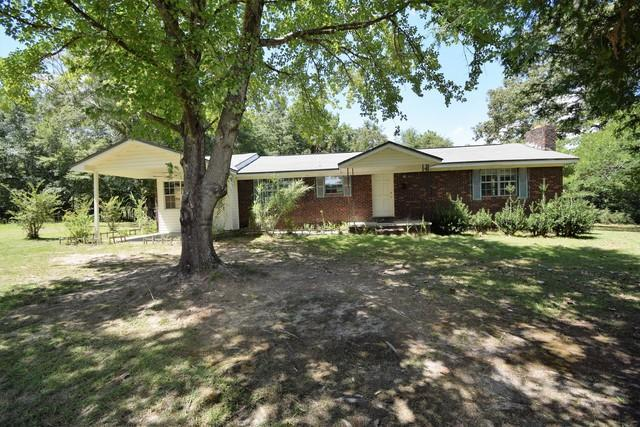 6815 Josey Rd. Road, Laurel Hill, FL 32567 (MLS #827593) :: Classic Luxury Real Estate, LLC