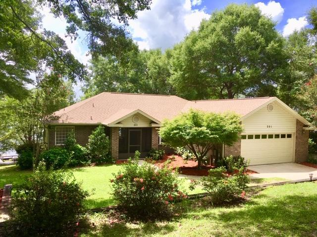 201 Lake Holley Circle, Defuniak Springs, FL 32433 (MLS #827603) :: RE/MAX By The Sea