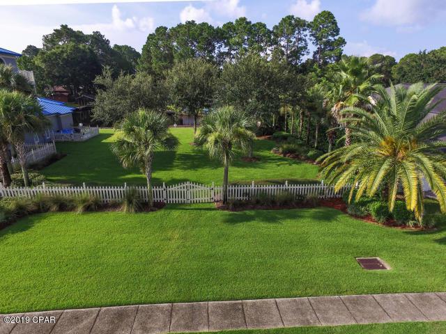 7123 Dolphin Bay Boulevard, Panama City Beach, FL 32407 (MLS #828263) :: ResortQuest Real Estate
