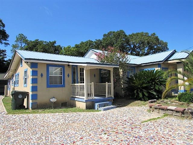 222 Dorsey Ave Avenue, Defuniak Springs, FL 32435 (MLS #828622) :: CENTURY 21 Coast Properties